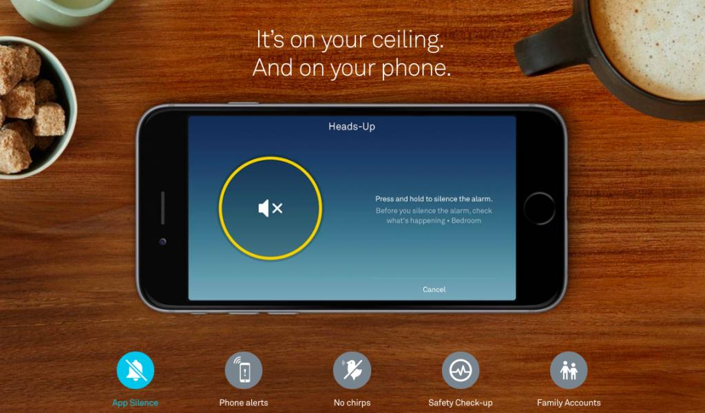 nest-protect-co2-and-smoke-detector-smart-phone-display